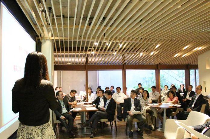 【講演会開催のご報告】フードビジネス推進機構様よりご依頼いただき、  弊社代表小松﨑によるセミナーを開催させていただきました。